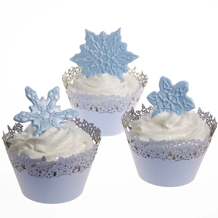 Winter Snowflake Cupcakes